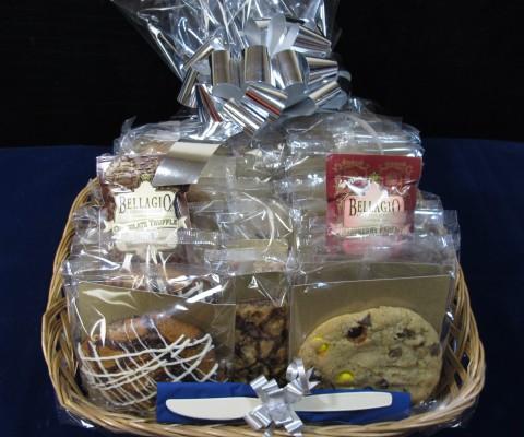 Medium 24 Count Gift Basket